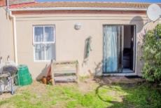 2 Bedroom House for sale in Parklands 1033421 : photo#8