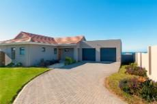 3 Bedroom House for sale in Kidds Beach 1033935 : photo#4