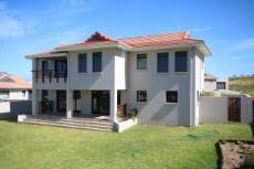 3 Bedroom House for sale in Kidds Beach 1033935 : photo#6