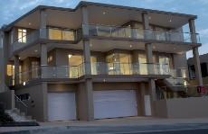 5 Bedroom House for sale in Bloubergstrand 1035197 : photo#37