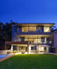 4 Bedroom House to rent in Green Point 1035993 : photo#0