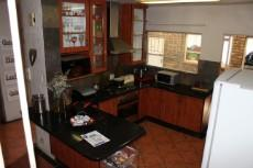 3 Bedroom Townhouse for sale in Edelweiss 1036707 : photo#3