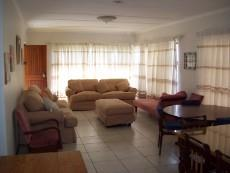 4 Bedroom House for sale in Franskraal 1037293 : photo#3