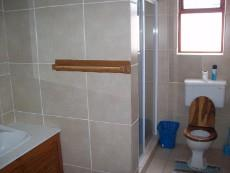 4 Bedroom House for sale in Franskraal 1037293 : photo#15