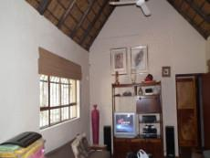 3 Bedroom House for sale in Marloth Park 1037297 : photo#4