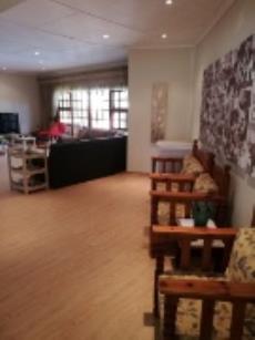 5 Bedroom House for sale in Universitas 1037560 : photo#2