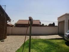 2 Bedroom House for sale in Tsakane 1037812 : photo#10