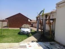2 Bedroom House for sale in Tsakane 1037812 : photo#9