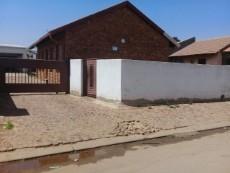 2 Bedroom House for sale in Tsakane 1037812 : photo#3