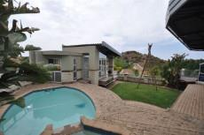 9 Bedroom House for sale in Baysvalley 1037924 : photo#1
