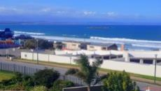 2 Bedroom Apartment for sale in Diaz Beach 1037925 : photo#0