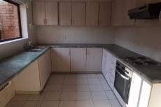 3 Bedroom Townhouse auction in Mossel Bay 1038109 : photo#5