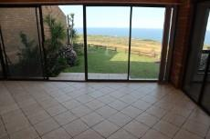 3 Bedroom Townhouse auction in Mossel Bay 1038109 : photo#0