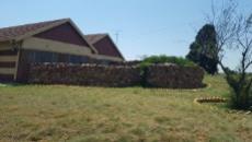 4 Bedroom Farm for sale in Rietkol A H 1038167 : photo#2