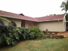 4 Bedroom House for sale in Eldoraigne 1039304 : photo#0