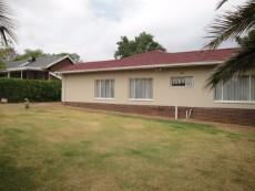 4 Bedroom House for sale in Eldoraigne 1039304 : photo#23