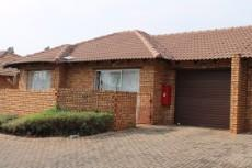 3 Bedroom House for sale in Amandasig 1039324 : photo#0
