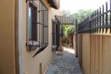 2 Bedroom House for sale in Eldorette 1039355 : photo#19