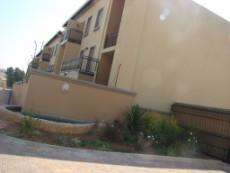 3 Bedroom Townhouse for sale in Norkem Park Ext 2 1039933 : photo#4