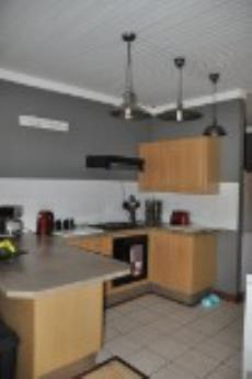 3 Bedroom Townhouse for sale in Hennopspark 1040198 : photo#1