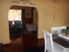 4 Bedroom House pending sale in Clubview 1040891 : photo#5