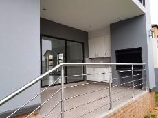 4 Bedroom House for sale in Olympus 1040999 : photo#16