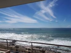 3 Bedroom Apartment rented in Mouille Point 1041183 : photo#1