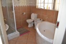 3 Bedroom House to rent in Thatchfield Estate 1041260 : photo#18