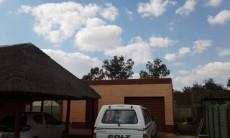 Lapa and garage