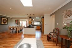 4 Bedroom House for sale in Fourways 1041511 : photo#7