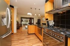 4 Bedroom House for sale in Fourways 1041511 : photo#9