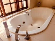 4 Bedroom House for sale in Fourways 1041511 : photo#17