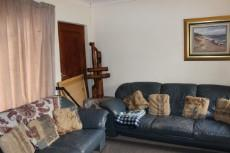 2 Bedroom Townhouse for sale in Langenhovenpark 1041619 : photo#1