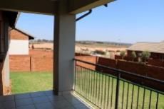 3 Bedroom Townhouse for sale in Mooikloof Ridge 1042477 : photo#3