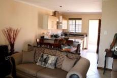 3 Bedroom Townhouse for sale in Mooikloof Ridge 1042477 : photo#6