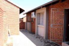 3 Bedroom Townhouse for sale in Mooikloof Ridge 1042477 : photo#19