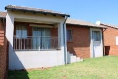 3 Bedroom Townhouse for sale in Mooikloof Ridge 1042477 : photo#2