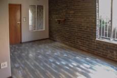 3 Bedroom House for sale in Florida Glen 1043071 : photo#7