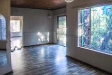 3 Bedroom House for sale in Florida Glen 1043071 : photo#9