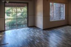 3 Bedroom House for sale in Florida Glen 1043071 : photo#5