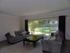 4 Bedroom House for sale in Farrarmere 1043355 : photo#2