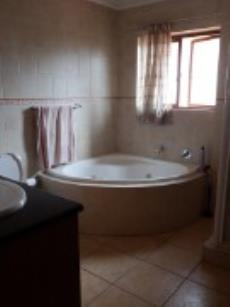 4 Bedroom House for sale in Fourways 1043374 : photo#13