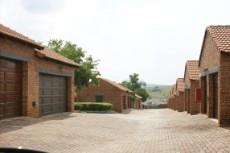 2 Bedroom Townhouse for sale in Mooikloof Ridge 1043461 : photo#1