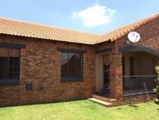 2 Bedroom Townhouse for sale in Mooikloof Ridge 1043461 : photo#2
