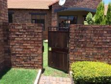 2 Bedroom Townhouse for sale in Mooikloof Ridge 1043461 : photo#4