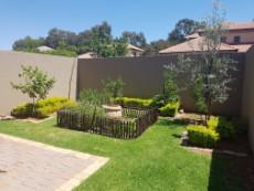 3 Bedroom House for sale in Olympus 1043490 : photo#18