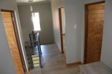 3 Bedroom House for sale in Olympus 1043501 : photo#6