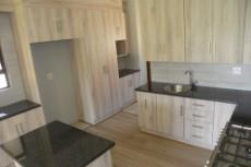 3 Bedroom House for sale in Olympus 1043501 : photo#4