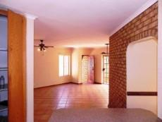 3 Bedroom Townhouse for sale in Clubview 1045821 : photo#9