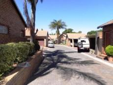 3 Bedroom Townhouse for sale in Clubview 1045821 : photo#0